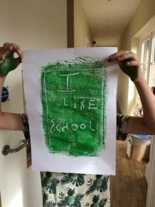 Leon Likes School